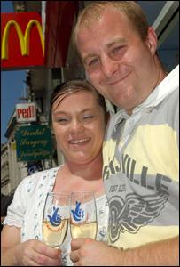 Luke Pittard lanchonete McDonalds